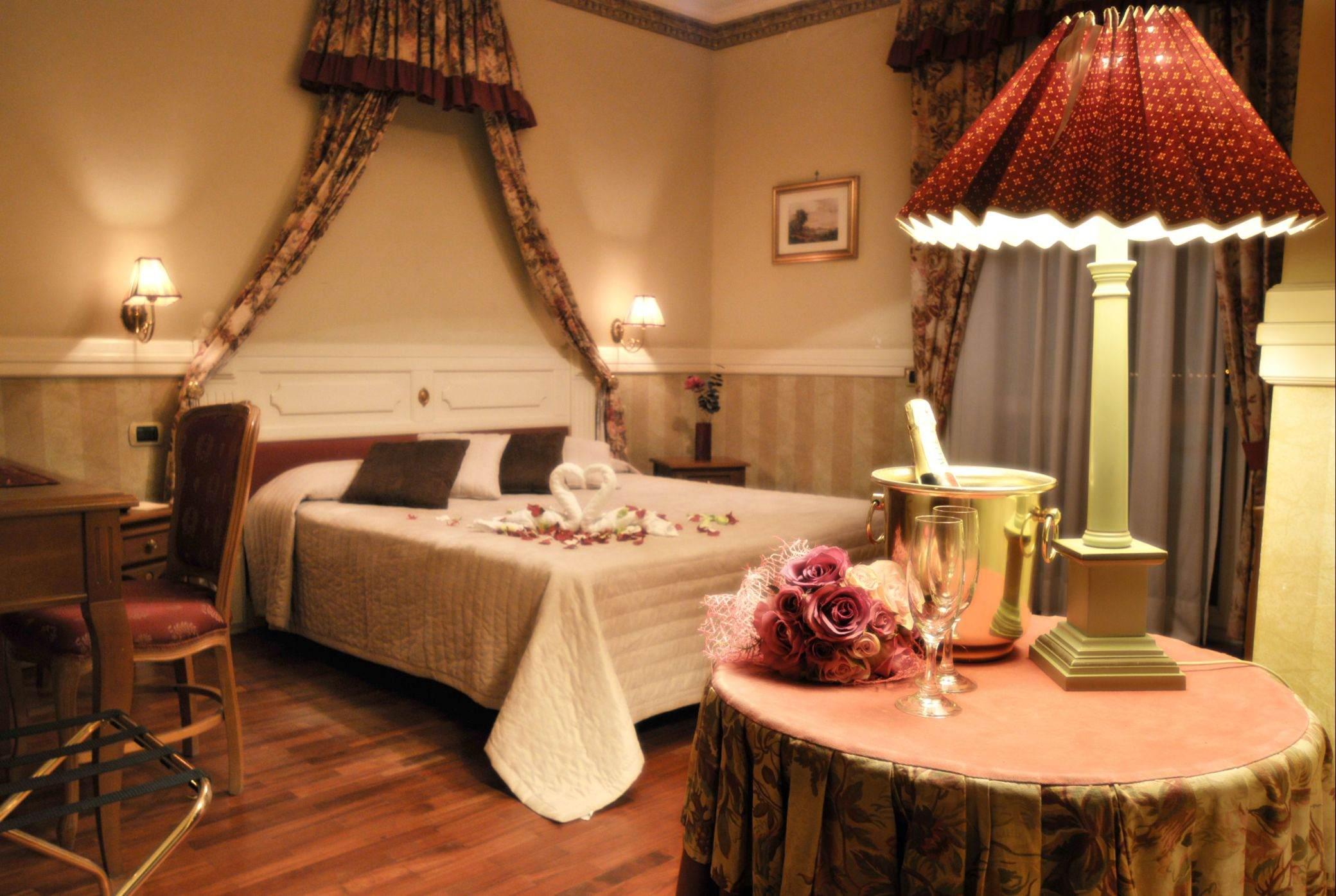 Hôtel romantique Bacoli Naples | Chambres romantiques avec vue ...